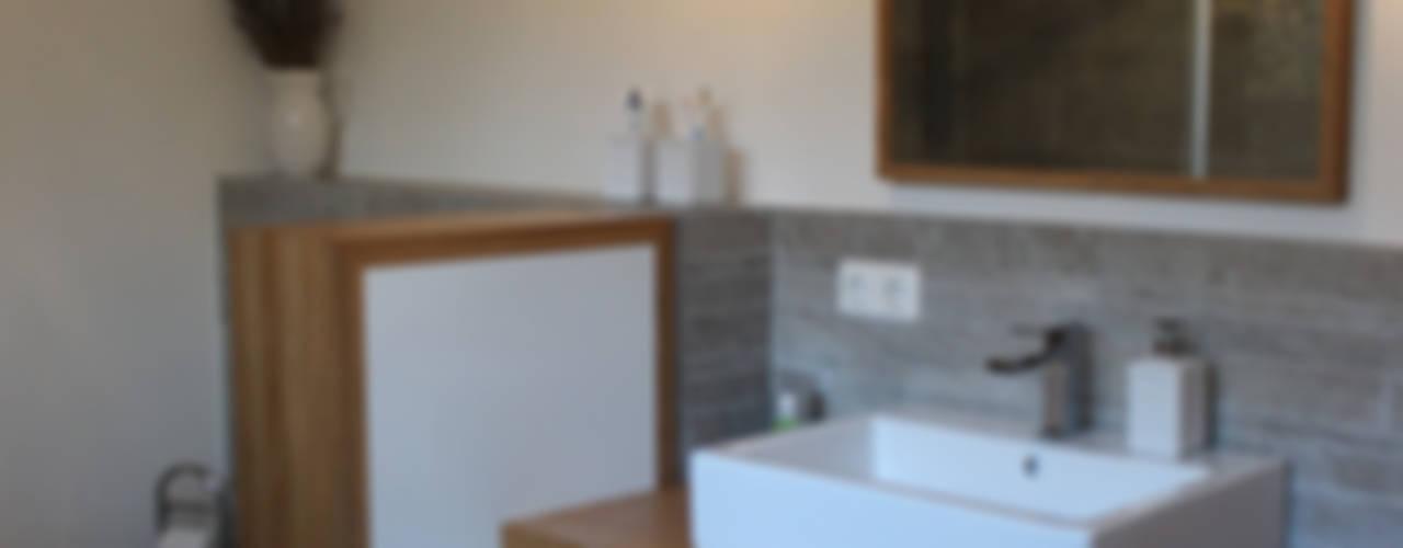 haus l oberpfalz Moderne Badezimmer von innenarchitektur s. kaiser Modern