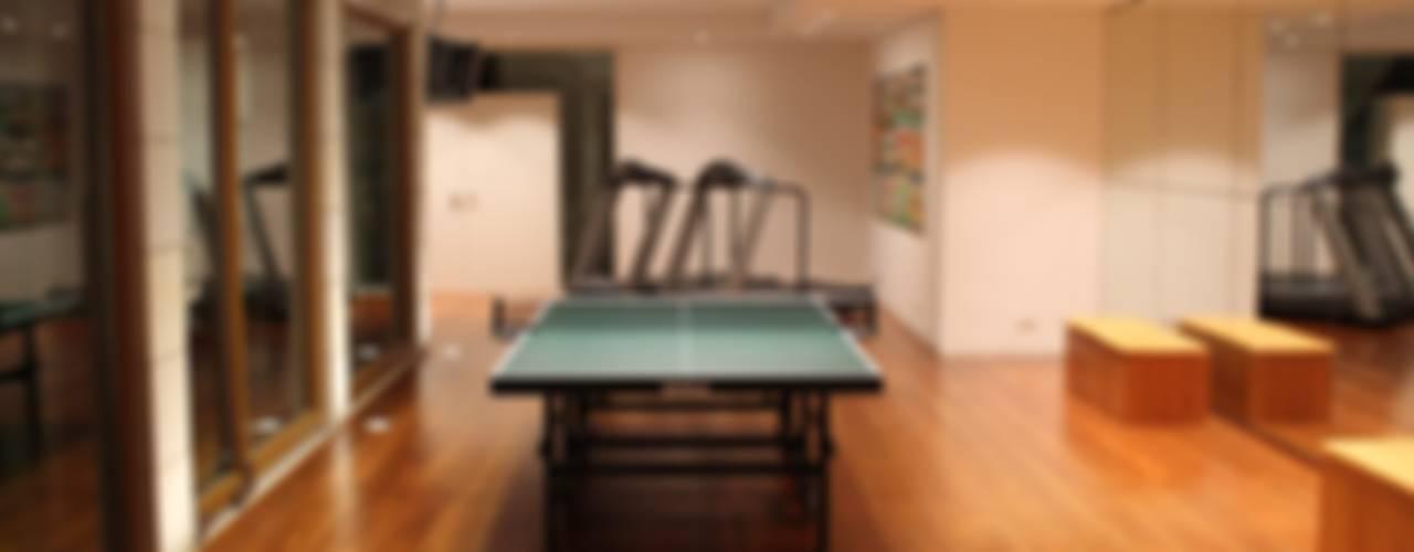 Architekten Graf + Graf :  tarz Fitness Odası