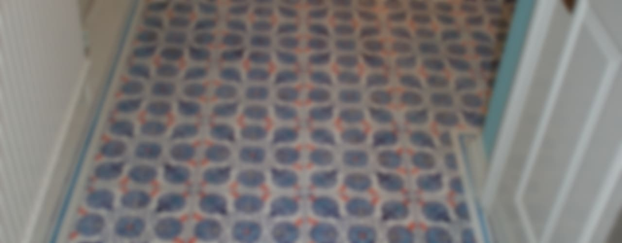 Fayence- Fliesenfußboden von Wandmalerei & Oberflächenveredelungen Ausgefallen