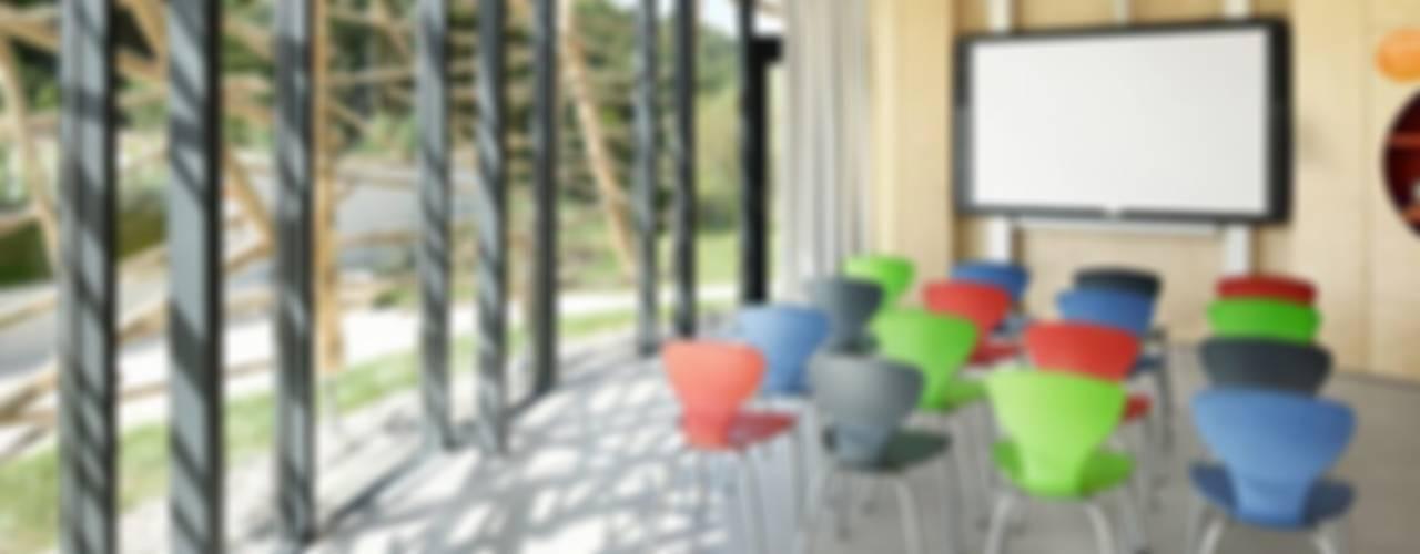 Ruang multimedia: Ide desain, inspirasi & gambar Oleh [lu:p] Architektur GmbH