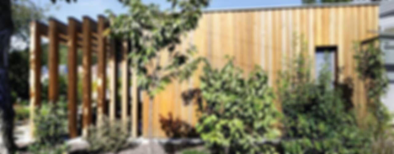 Дома в классическом стиле от [lu:p] Architektur GmbH Классический