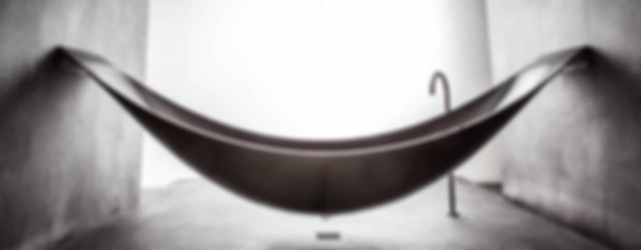 Badewanne Objekte: industriell  von Design by Torsten Müller,Industrial