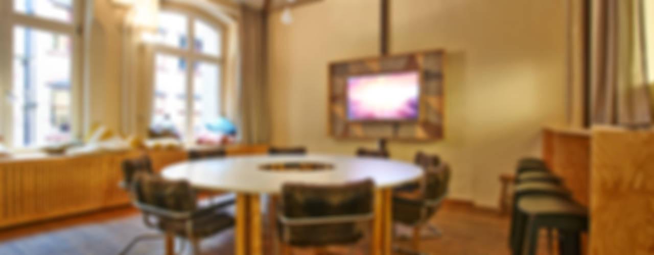 Glipsa Konferenzzimmer Ausgefallener Multimedia-Raum von Otto von Berlin Ausgefallen