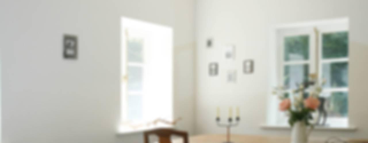 Modern dining room by Architektur- und Innenarchitekturbüro Bernd Lietzke Modern