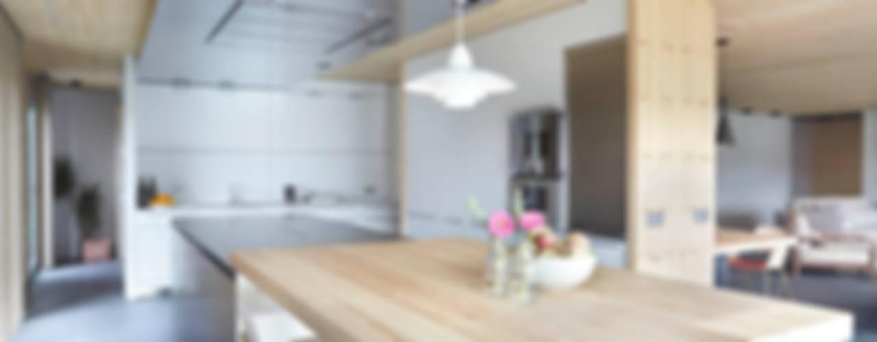 Coblonal Arquitectura Scandinavian style kitchen