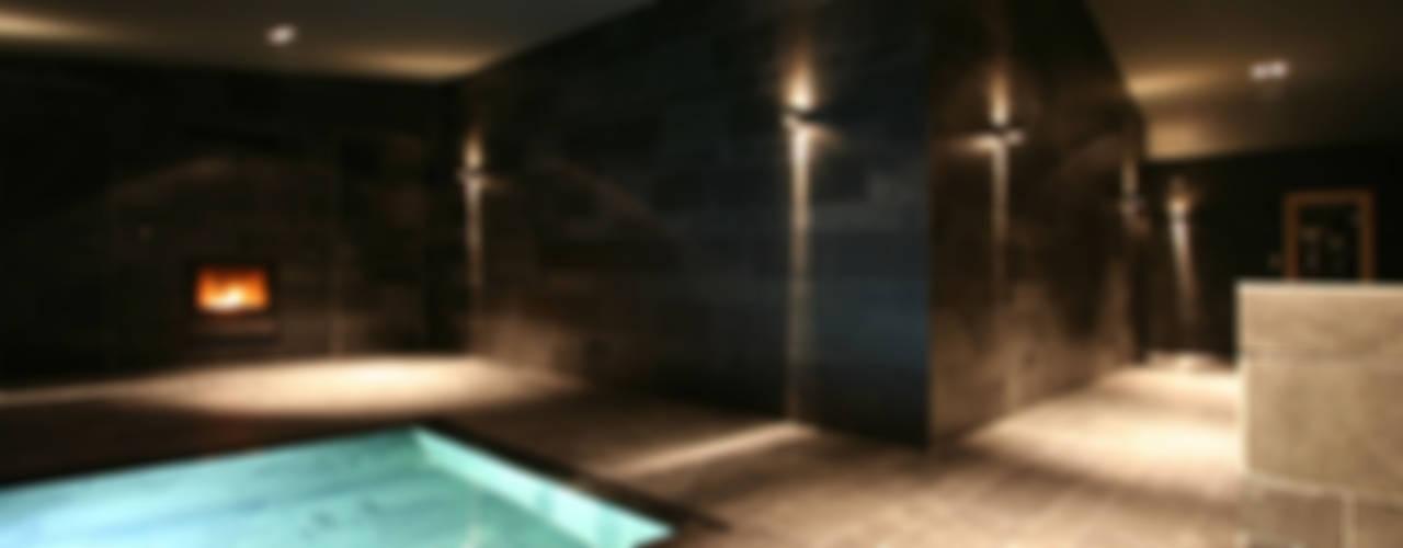 Spas  por CG VOGEL ARCHITEKTEN, Clássico