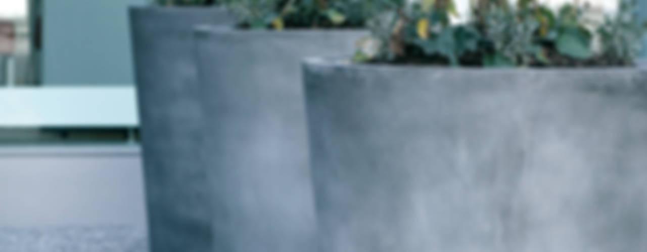 Concrete Rudolph GmbH: modern tarz , Modern