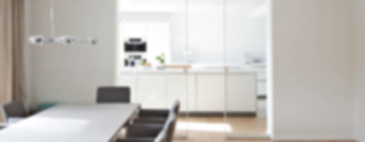 Livings de estilo  por KUHN GmbH