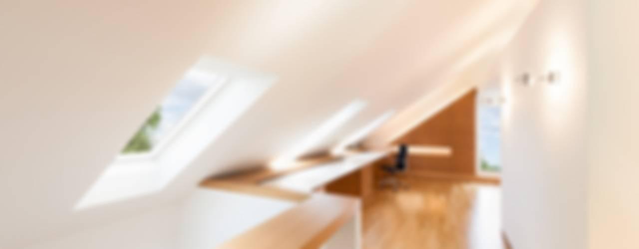 Dachloft Klassische Arbeitszimmer von innenarchitektur-rathke Klassisch