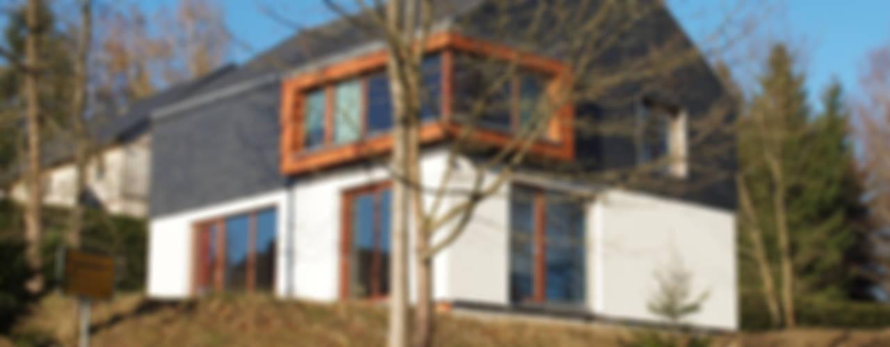 Ferienhaus | Stolte Moderne Häuser von Architekturbüro HOFFMANN Modern