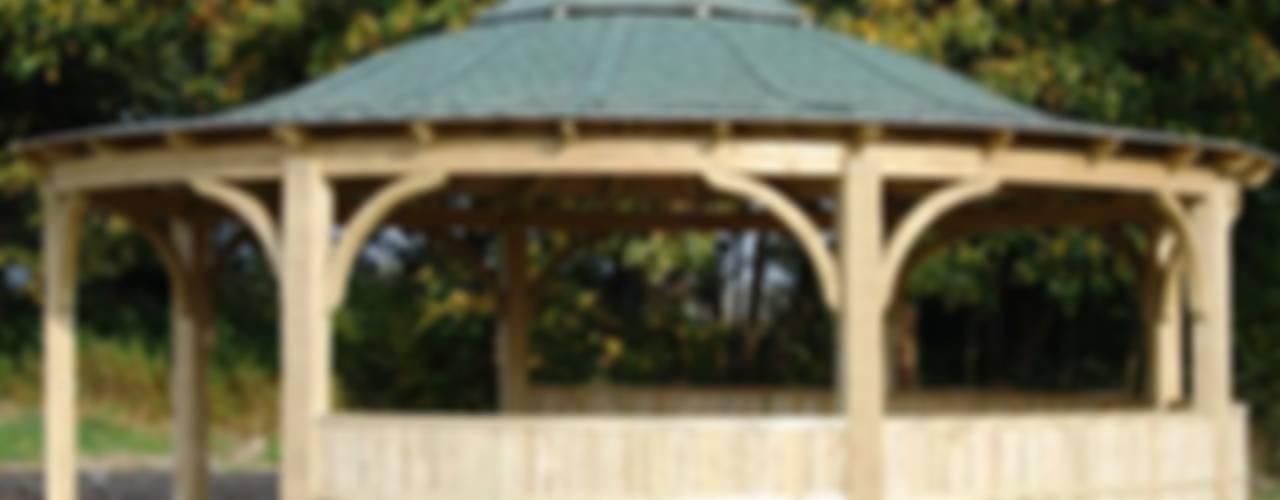 Our Work Garten von EcoCurves - Bespoke Glulam Timber Arches