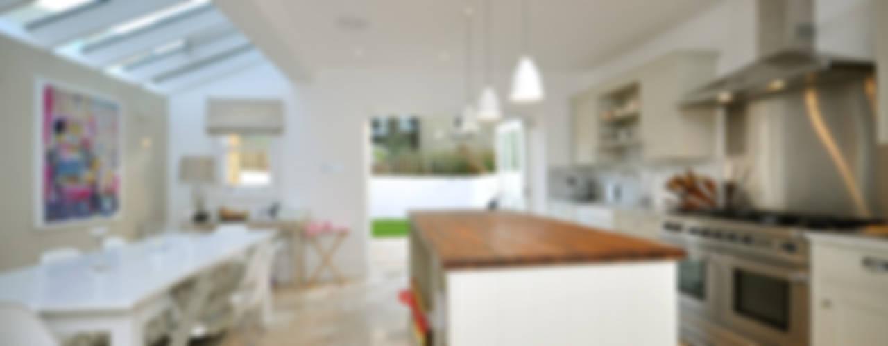 Cozinhas  por MDSX Contractors Ltd