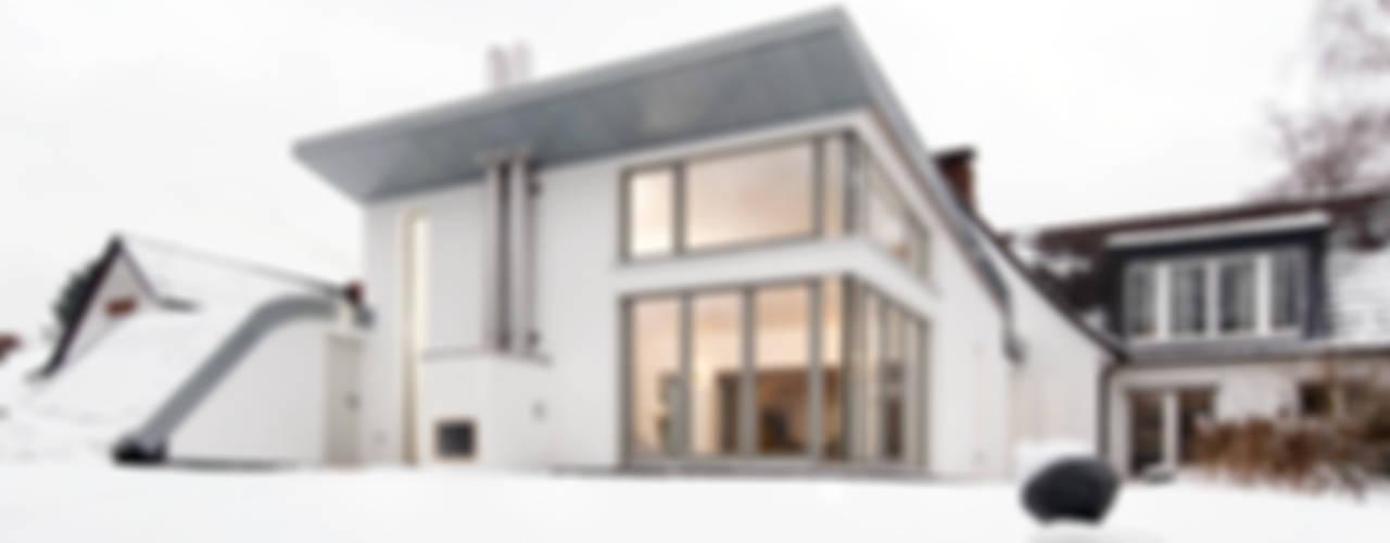 Modern home by and8 Architekten Aisslinger + Bracht Modern