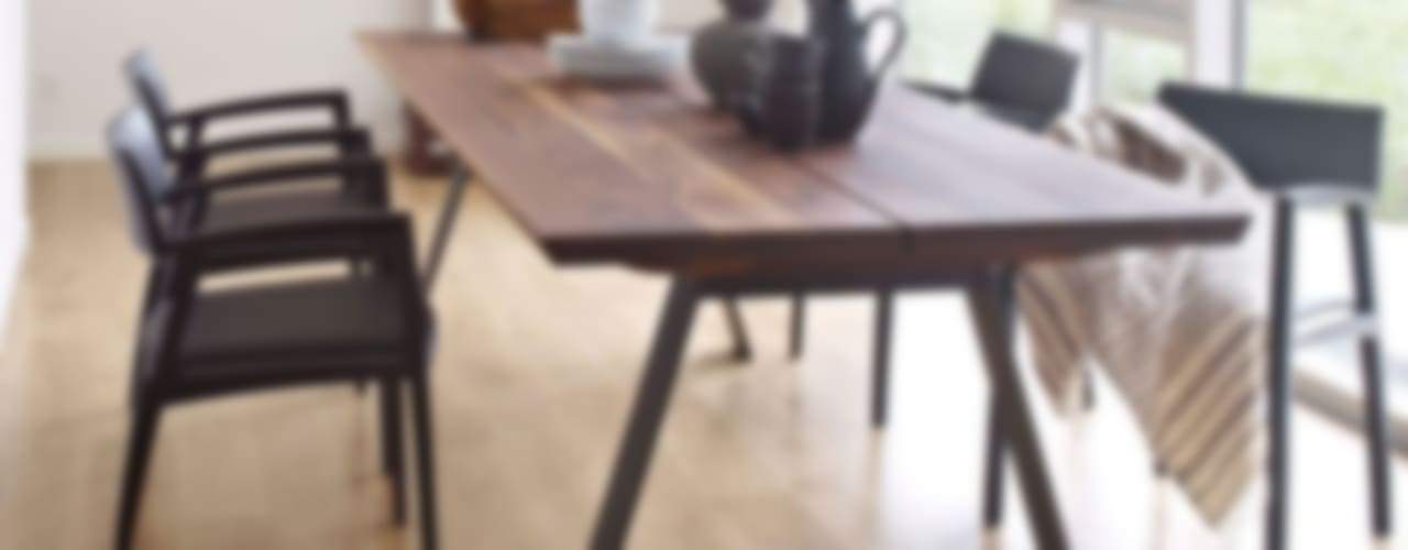 Dining Tables di Wharfside Furniture Moderno