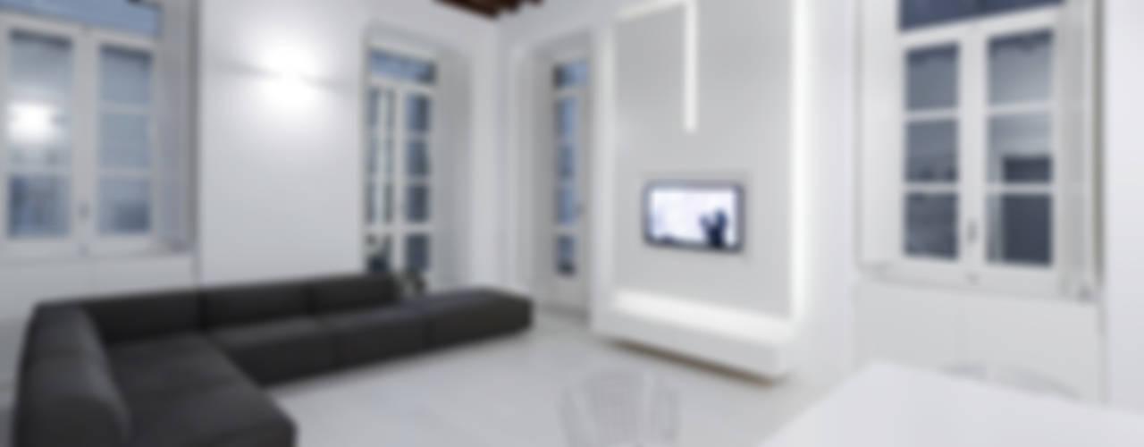 Wohnzimmer von Comoglio Architetti
