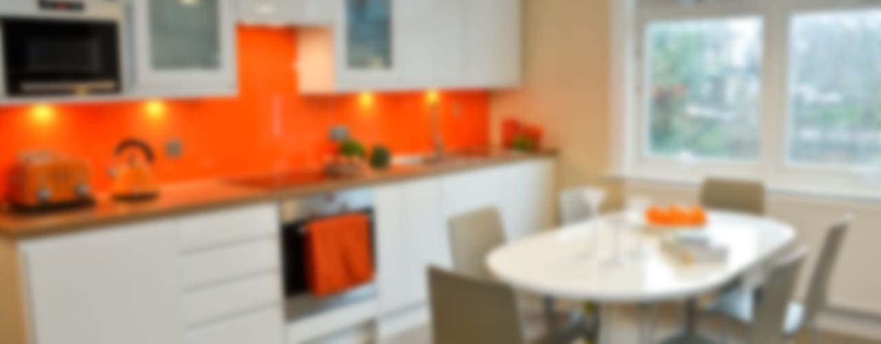 A Bright and Breezy Kitchen Modern kitchen by Cathy Phillips & Co Modern
