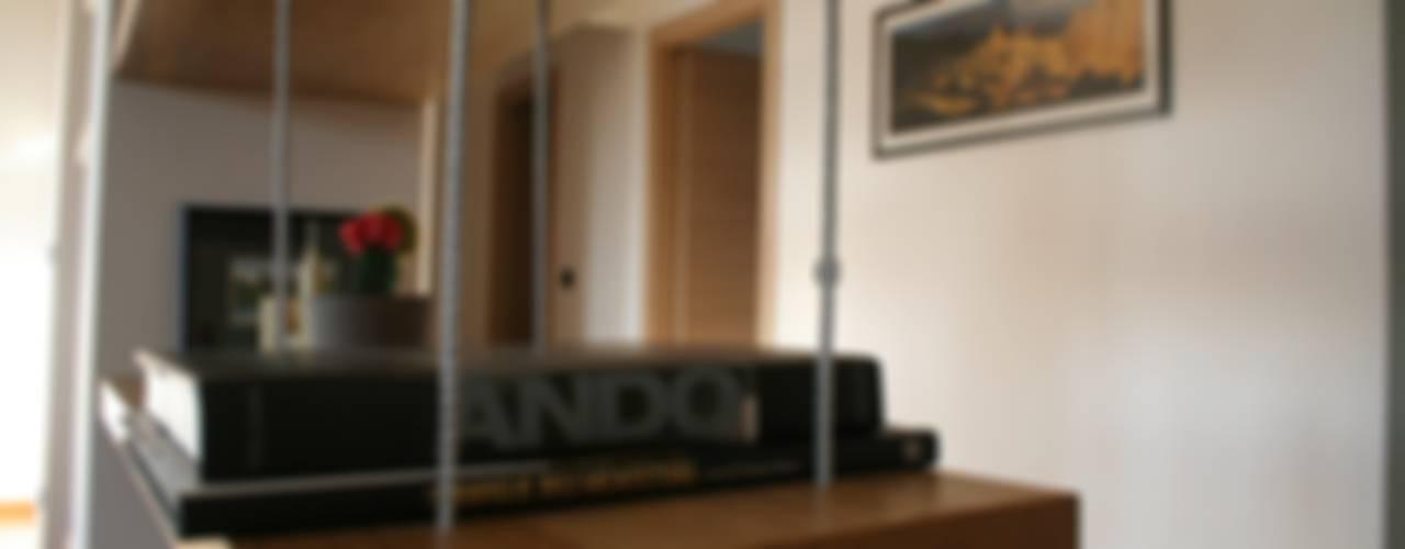 E+P HOME Soggiorno moderno di enrico massaro architetto Moderno