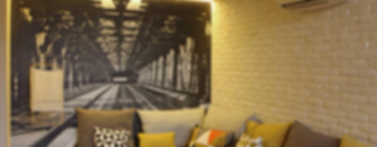 The Room Studio:  tarz