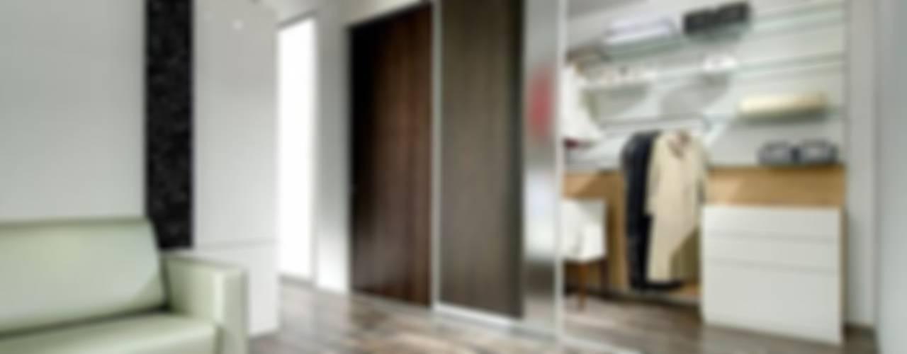 Schiebetüren / Raumteiler: modern  von Lignum Möbelmanufaktur GmbH,Modern
