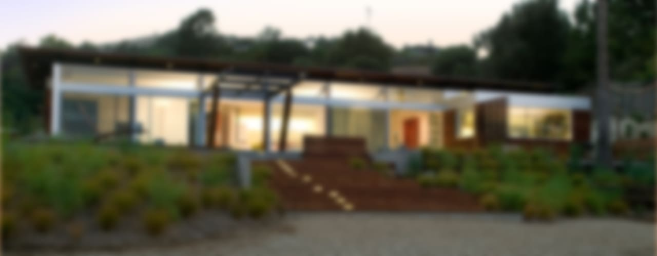 Tiburon House Case moderne di Andrea Ponsi architetto Moderno