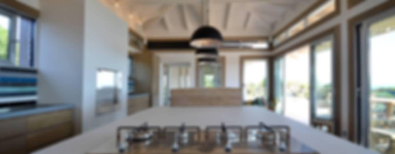 Cuisine en béton - Spérone par Concrete LCDA Moderne
