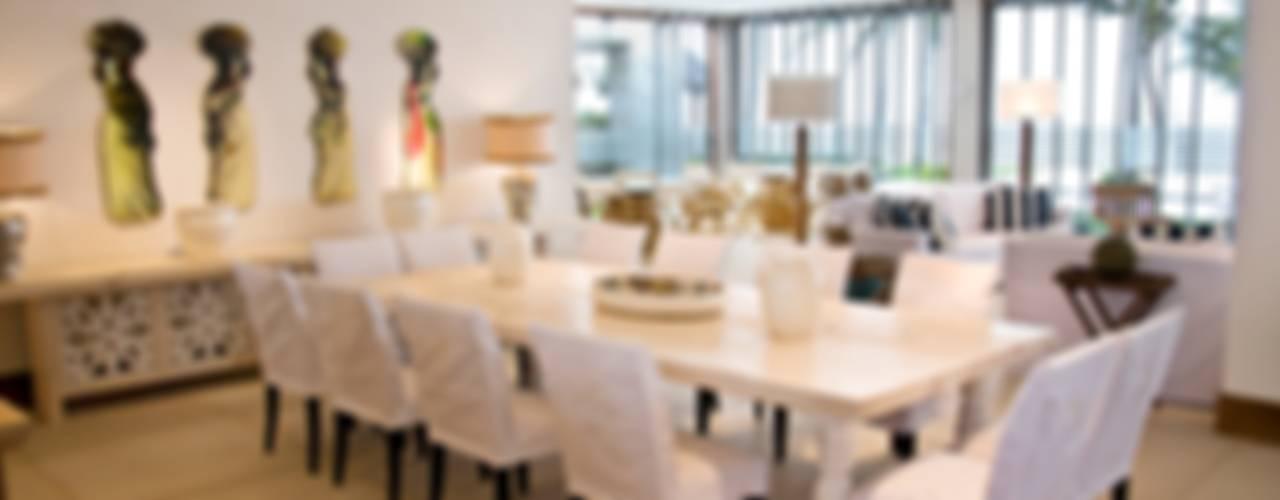Residencia Beira mar: Salas de jantar  por Renato Teles Arquitetura
