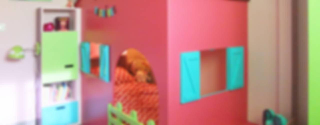 Rénovation d'une maison individuelle Chambre d'enfant moderne par HOME feeling Moderne