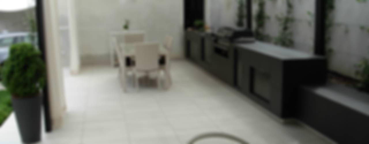 modern  by Progetti d'Interni e Design, Modern