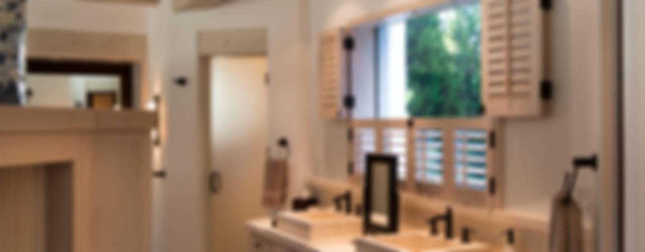 Casas de banho  por Artigas Arquitectos,