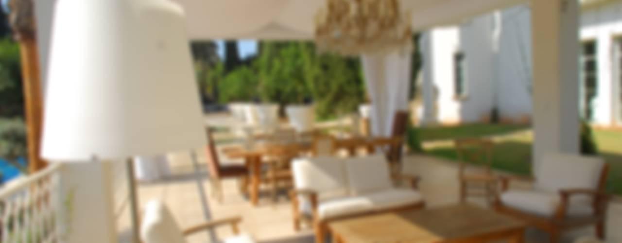 Ausgefallener Balkon, Veranda & Terrasse von Scultura & Design S.r.l. Ausgefallen