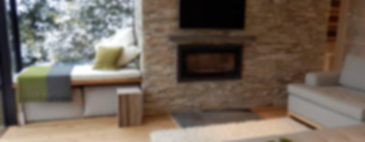 Grayshott House Modern living room by inclover Modern