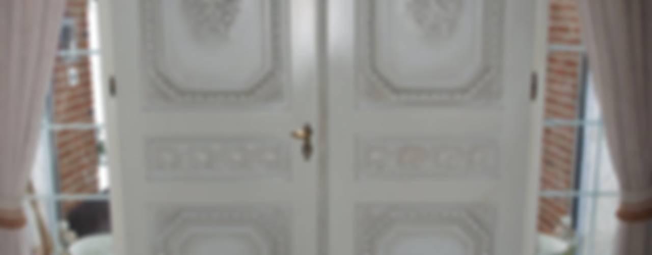 Окна в . Автор –  Die Tischlerei