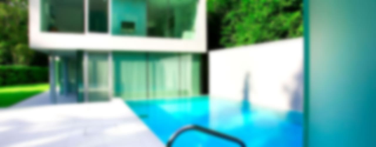 Minimalist Outdoor Pool Modern houses by London Swimming Pool Company Modern