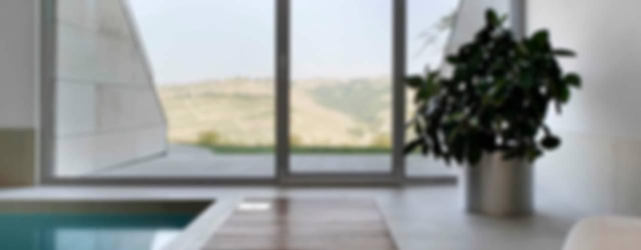 Casa Visiera Spa moderna di ARCHICURA Moderno