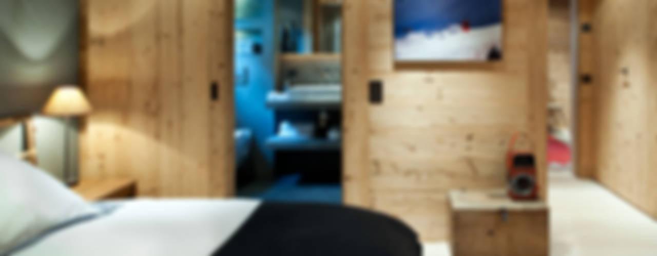 Chalet Gstaad Ardesia Design Rustykalna sypialnia