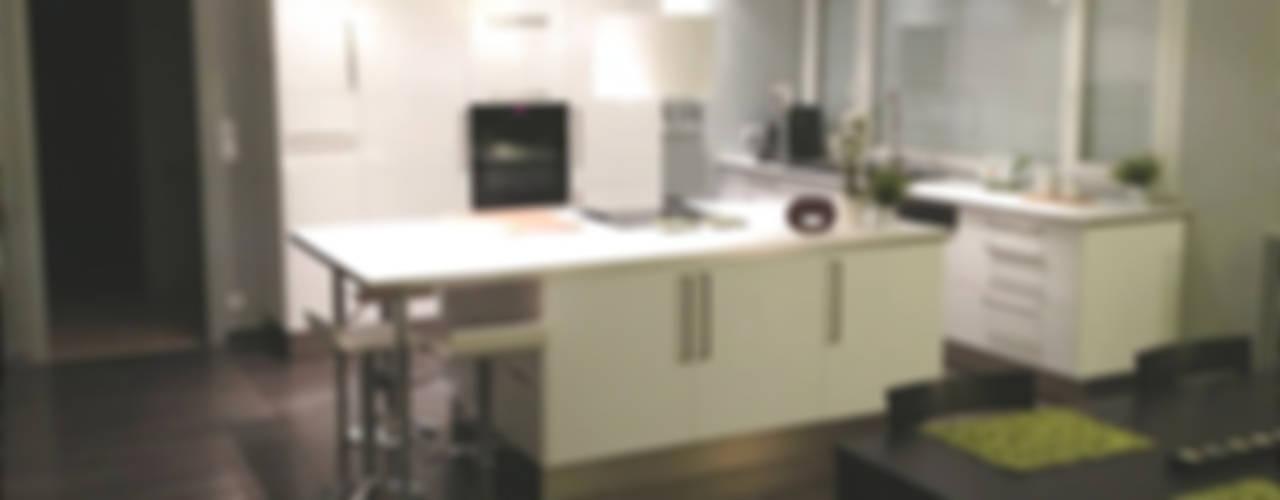 HOME feeling Modern kitchen