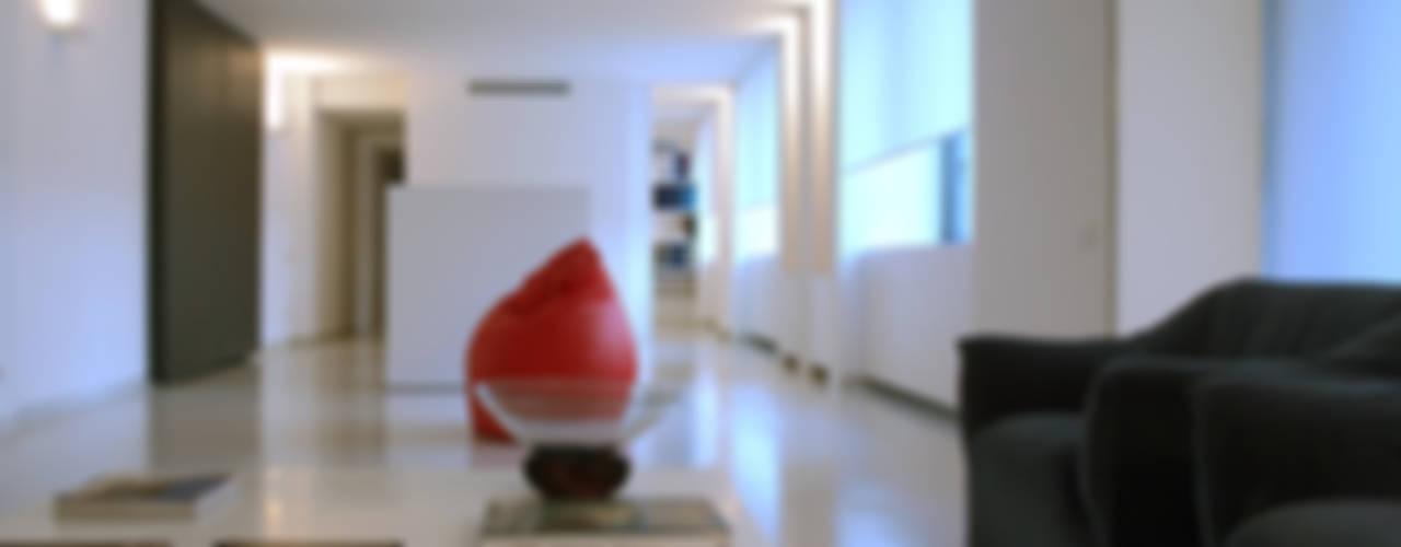 Maisons minimalistes par SERGIO PASCOLO ARCHITECTS Minimaliste