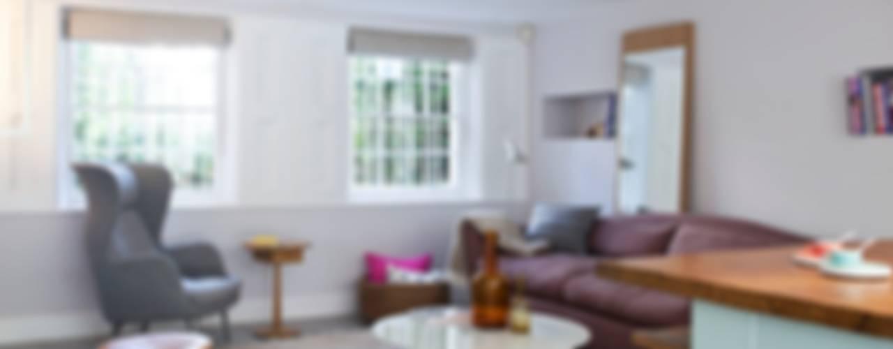 Furlong Road Modern living room by Matteo Bianchi Studio Modern