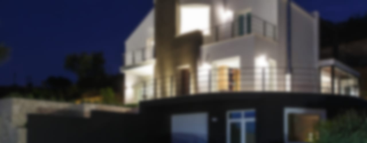 2C House Modern Houses by Studio 4e Modern