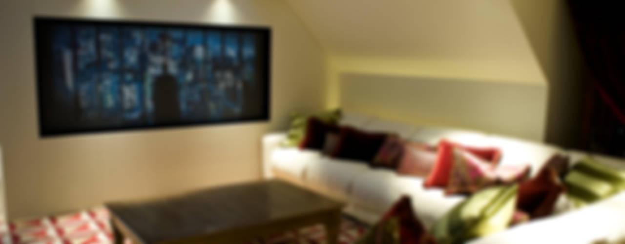 Lakeview cinema Salas de entretenimiento de estilo moderno de London Residential AV Solutions Ltd Moderno