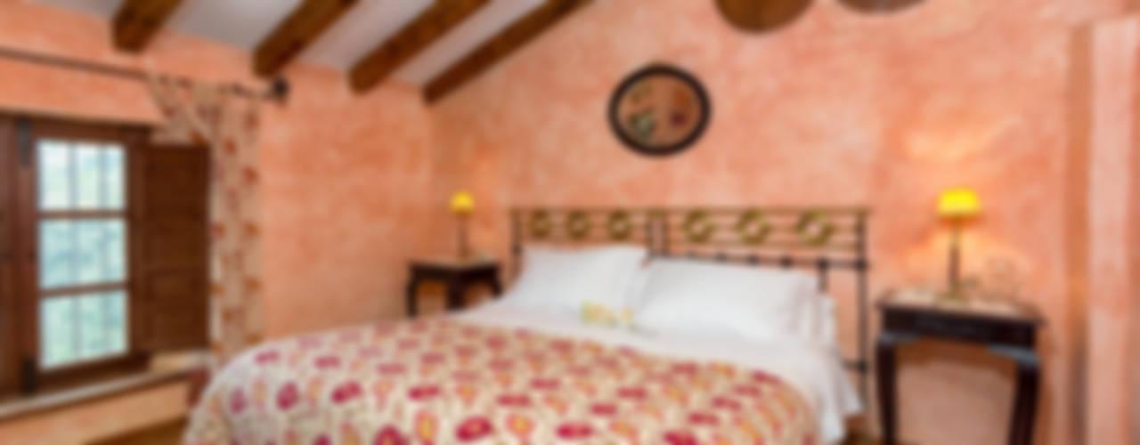 Bedroom by Espacios y Luz Fotografía, Rustic