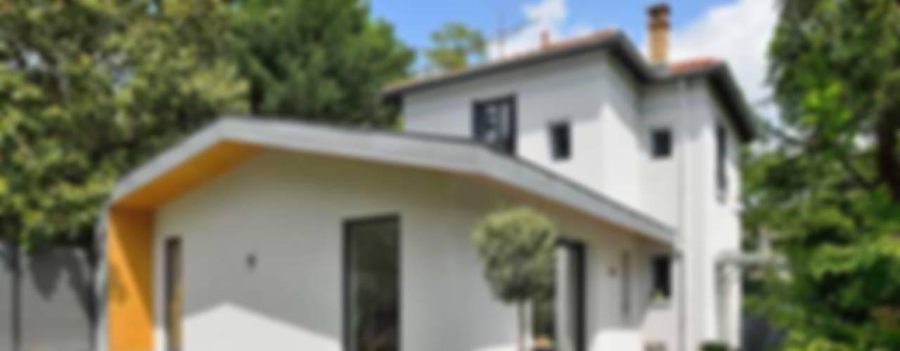 Maison à Ecully Maisons modernes par Tymeno Moderne