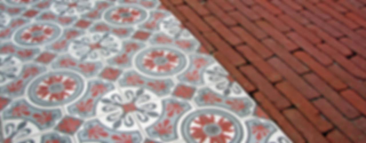 Encaustic Cement Tiles di Original Features Mediterraneo