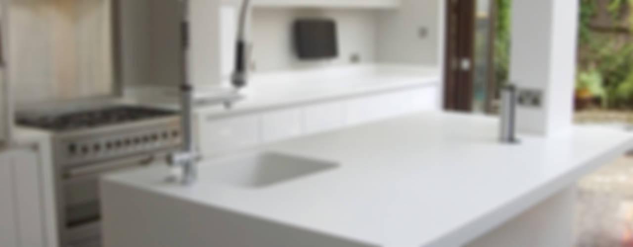 Cuisine de style  par Greengage Interiors, Moderne