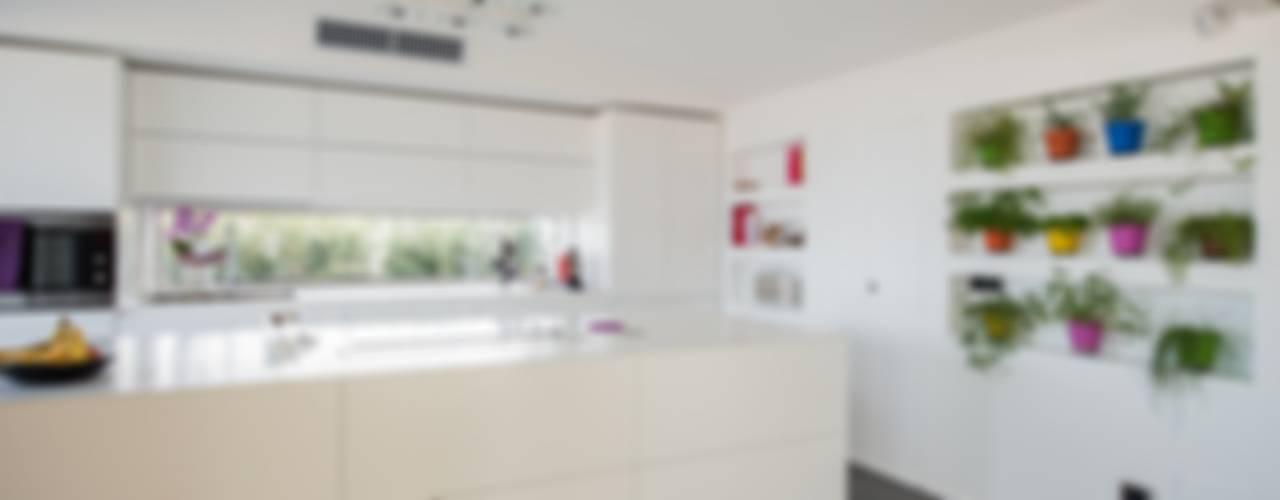 Attico sullo Stretto Case in stile minimalista di Mobilificio Marchese Minimalista