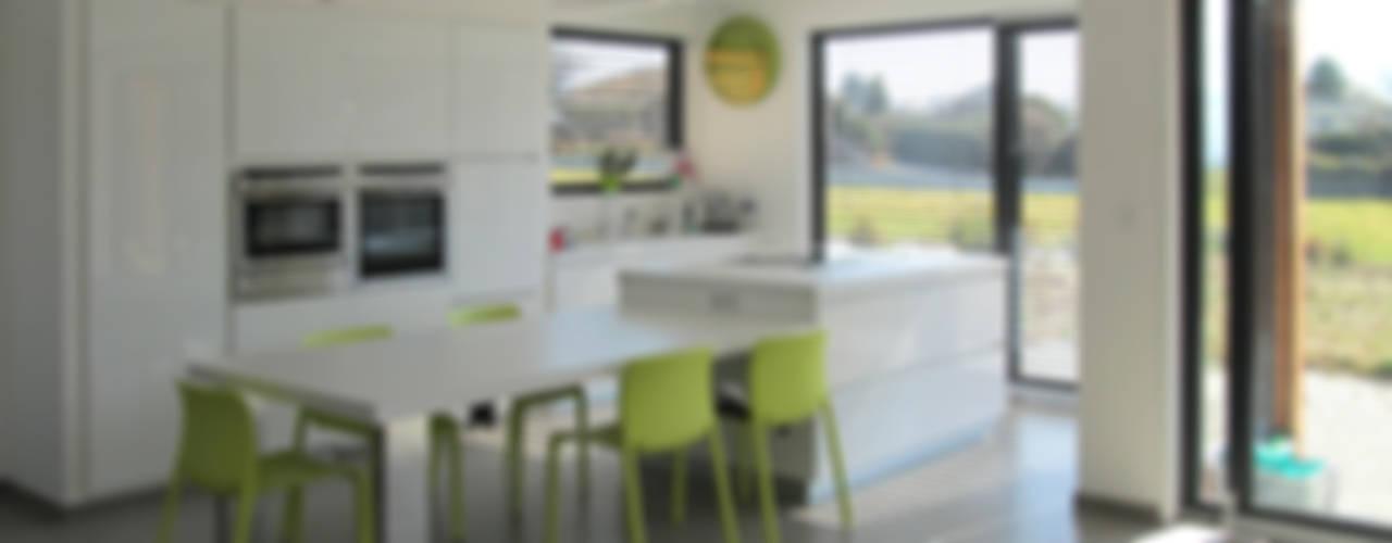 Une maison spacieuse et lumineuse en Savoie Maisons par Tangentes Architectes