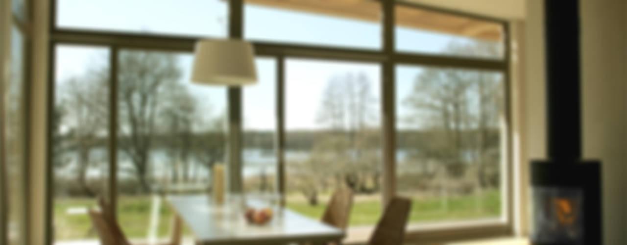 غرفة السفرة تنفيذ SOMMERHAUS PIU , إسكندينافي