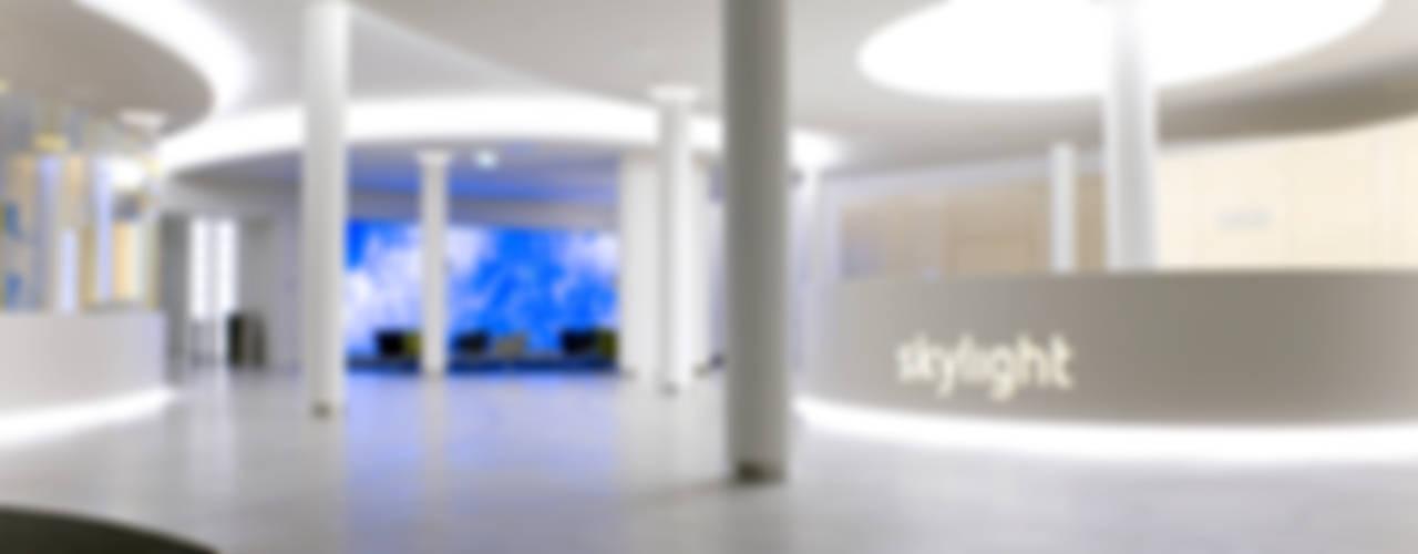 MAASS-Licht Lichtplanung의  회사, 모던