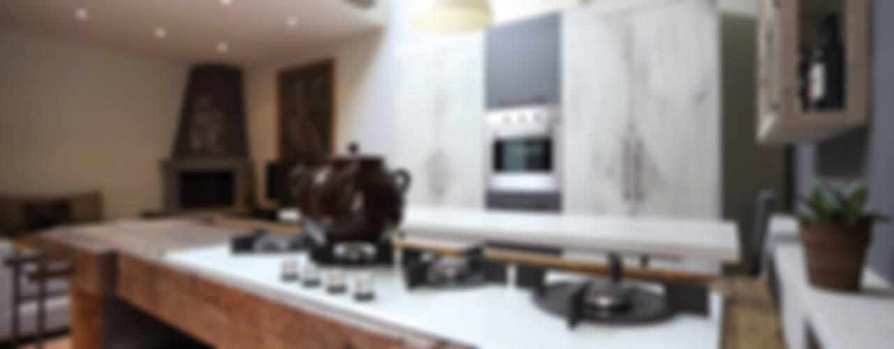 Salas de estar  por Rachele Biancalani Studio