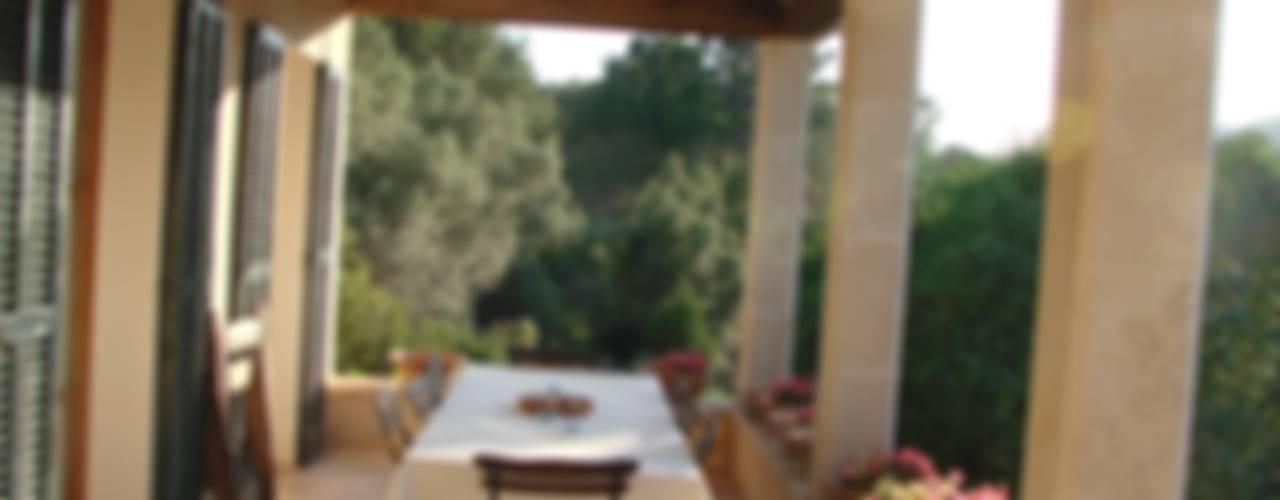 Casas de estilo  por ignacio goiria , Mediterráneo